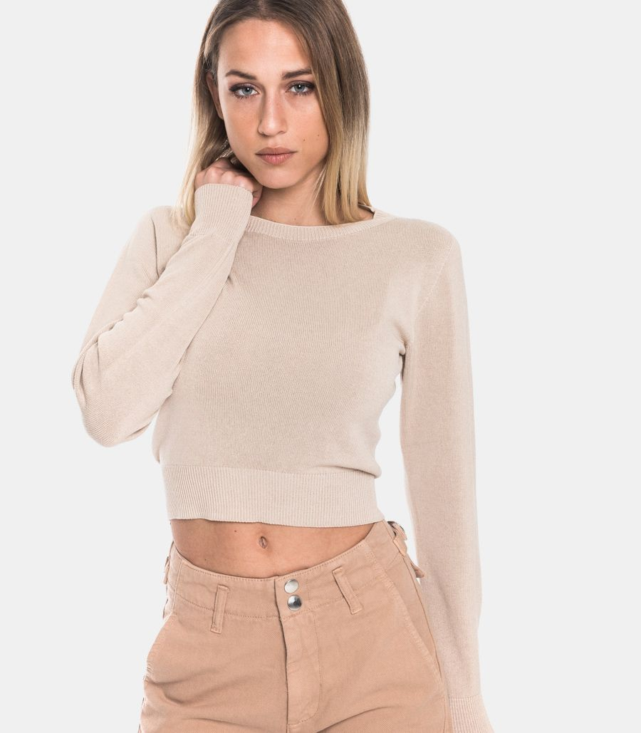 Women's ribbed sweater podwer