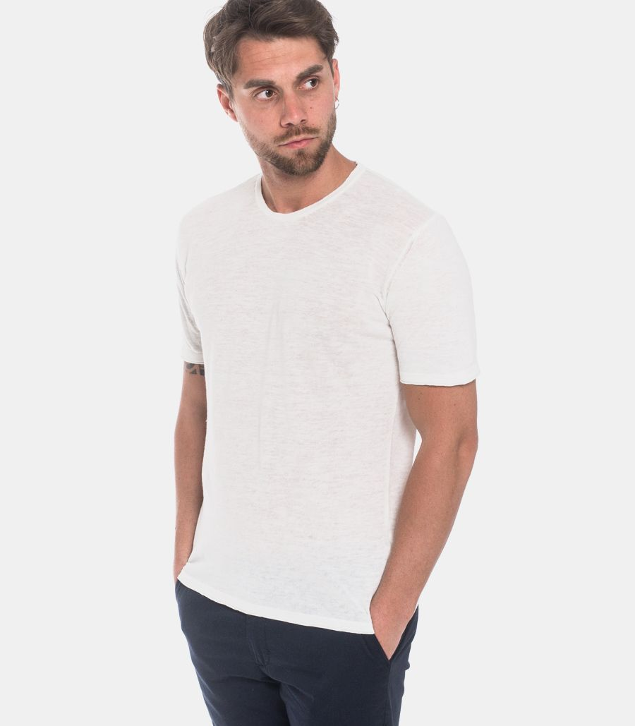 Menìs basic linen t-shirt white.
