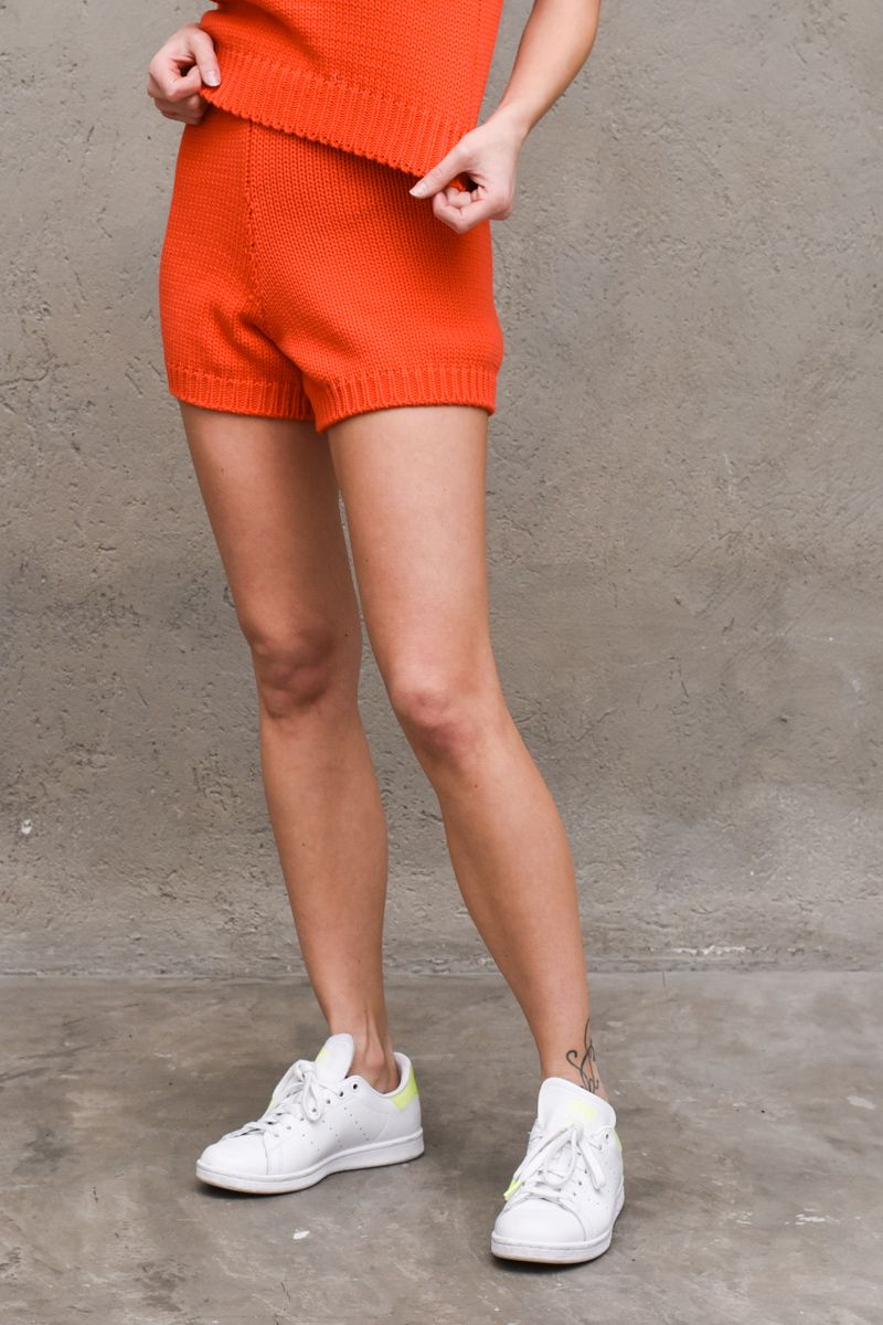 Women's knitted shorts red. 3003HROSSO
